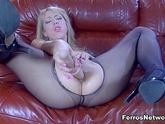 EPantyhoseLand Video: Felicia C