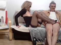 ginamilf intimate record on 1/28/15 19:25 from chaturbate