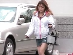 Asian babe in boots skirt sharked while buying soda
