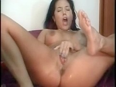 Ramming my wet fuck hole on webcam