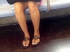 Candid train legs and active toes