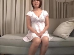 Amateur individual shooting, post. 646 Anri 21-year-old professional student