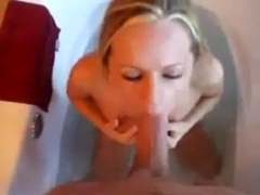 SweetMissPriss - Oral Sex in Bathtub