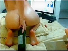 Livecam gal shows her a-hole and cunt gape with squirt by M.D.F