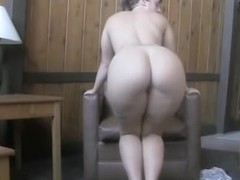 Playing with my very sexy arse