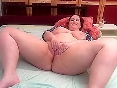 amymoon livecam video on 2/2/15 8:25 from chaturbate