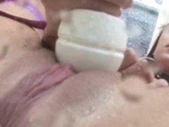 Magic Wand Makes Her Squirt (Zdonk)