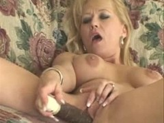 Aged Woman Love Toying