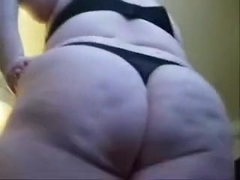 Amateur chubby is rubbing her muff and touching big ass