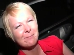 UK Slag Milf goes Dogging