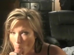 Mature I'd Like To Fuck sucks and cum drink
