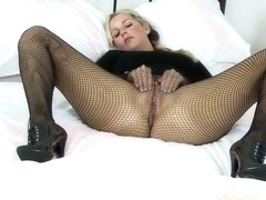Jessica Cums and Cums with a Vibrator