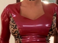 Masked whore beating off