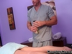 Massage beauty pussyfucked on table
