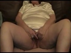 BBW mature gets her snatch fisted well