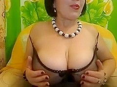 Hawt Mommy Livecam