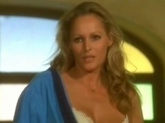 Ursula Andress in Loaded Guns (1975)
