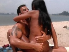 MikeInBrazil - Beach sex