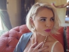 Behind the Scenes with Miss February 2015 Kayslee Collins