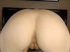 sexy skinny girl squirts