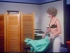 Vintage clip shows cutie in underwear