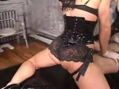 Two Mistress in Dungeon 3