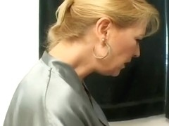 Sexy Teen Trista Post Eaten By An Older Lady