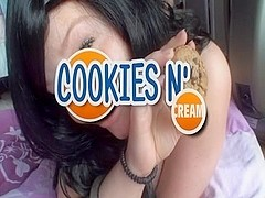 Private porn video with a girl eating cookies with cum