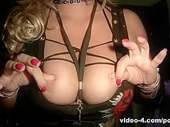 AmateurPornHuntVideo: Flashing Tits In Traffic