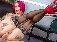 Anna Bell Peaks  & Johnny Castle in Naughty Office