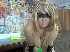Blonde Wife Takes A Quick Facial