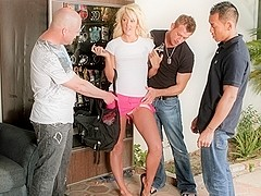 Courtney Taylor & Keni Styles & Bill Bailey & Jenner in Courtney Taylor Unleashed, Scene #04