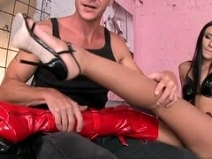 Sasha Rose in foot fetish and pussy lick session