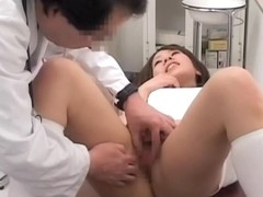 Doctor shows his gynecological skills in kinky asian video