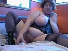 Lard behind big beautiful woman masturbating
