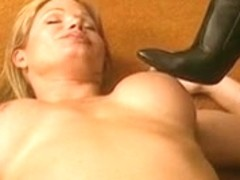 Lesbo receives in nature's garb and licks high heeled boots