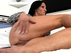 Video from AuntJudys: Casidy