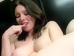 Squirting mature masturbates