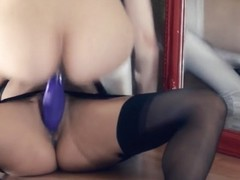 Sexy lezzies group-sex in front of mirror