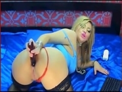 Awesome blonde drills her fanny