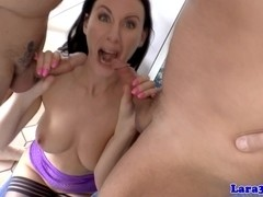 Mature brit in stockings gets doublepenetration