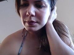 Kim shows her big tits on webcam