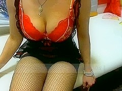 Big tits mamma plays on webcam