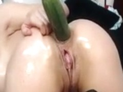 Vicious female-dom fists her arsehole