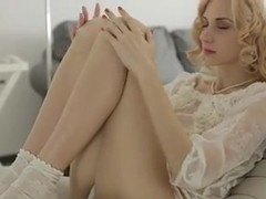 Romantic gal is masturbating in the porn clip