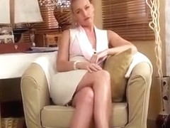 Virtual quickie with a beautiful secretary