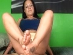 Veronica Green Footjob