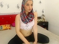 sexy hijab on webcam 2