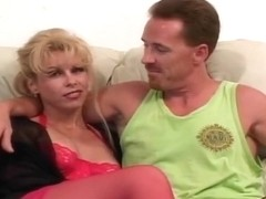 Hot Divorcee Zarina Takes A Meaty Cock