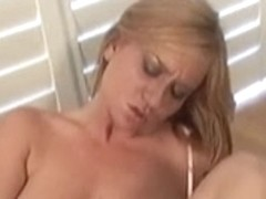 Breasty Violet likes toying her snatch